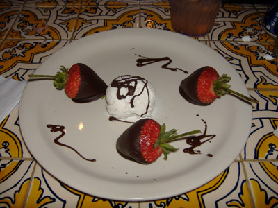 Taco Rosa - Chocolate-covered Strawberries #1