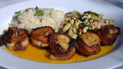 Taleo - Bacon-wrapped Scallops